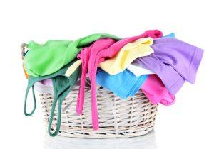odplamiacz dla dzieci jest delikatny i pozwoli na usunięcie wszystkich plam na ubraniach w koszu