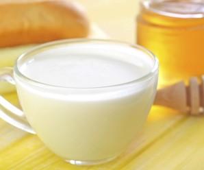 mleko-z-miodem-na-przeziebienie_3360610